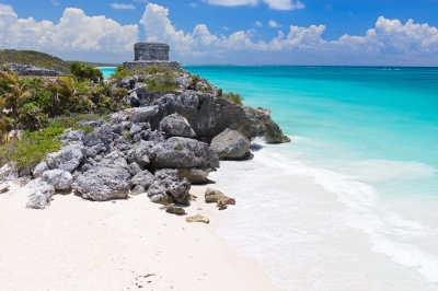 Riviera Maya Ruinen in Tulum (BlueOrange Studio / stock.adobe.com)  lizenziertes Stockfoto  License Information available under 'Proof of Image Sources'