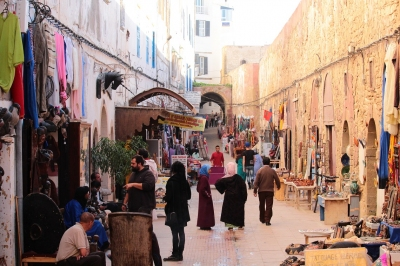 Souk in Essaouira (Alexander Mirschel)  Copyright  License Information available under 'Proof of Image Sources'