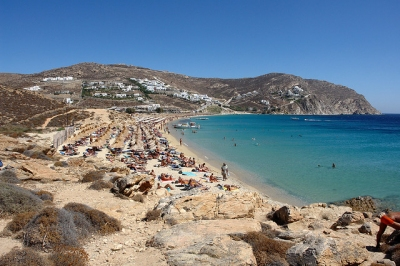 Elia Beach, Mykonos (NervousEnergy)  [flickr.com]  CC BY-SA  License Information available under 'Proof of Image Sources'