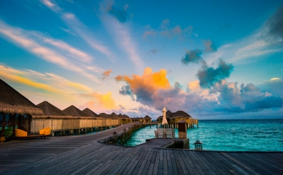 Maldives in the morning (Constance Halaveli Resort & Spa) (Mac Qin)  [flickr.com]  CC BY-ND  License Information available under 'Proof of Image Sources'