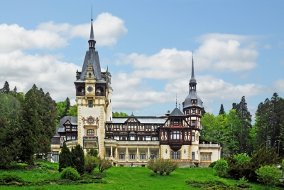 Romania-1727 - Peles Castle (Dennis Jarvis)  [flickr.com]  CC BY-SA  License Information available under 'Proof of Image Sources'