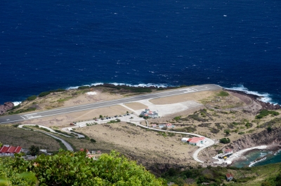 Saba Runway (killians_red)  [flickr.com]  CC BY  License Information available under 'Proof of Image Sources'