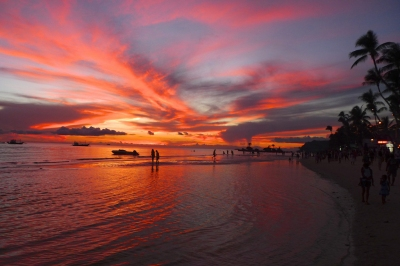 Sunset on Boracay (Chris Nener)  [flickr.com]  CC BY-ND  License Information available under 'Proof of Image Sources'